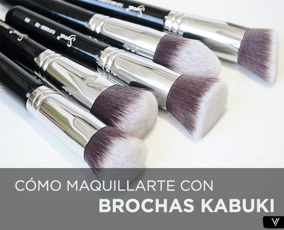 como maquillarte con brochas kabuki