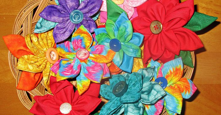 Sew a fabric flower pin from scraps and give it as a gift or use it to dress up your hair, your bag, or anything else. They are easy to make; here's how.