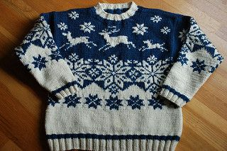 Reindeer Sweater M-789 pattern by Lane Borgosesia