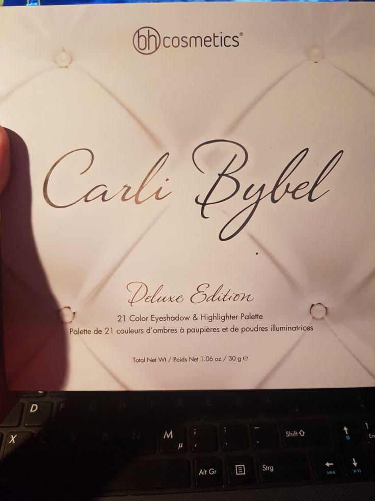 Die hier gezeigte Lidschattenpalette von BH-Cosmetics in Kooperation mit Carli Bybel kann ich nur loben.  Sehr schöne Farben, super Pigmentiert und dann auch noch ein Humaner Preis.   Hat mich wirklich überzeugt und auch schon zu Komplimenten geführt.