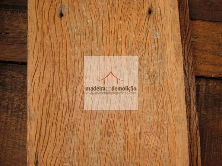 Tábua de peroba rosa de demolição. Veja mais em www.madeiradedemolicao.com