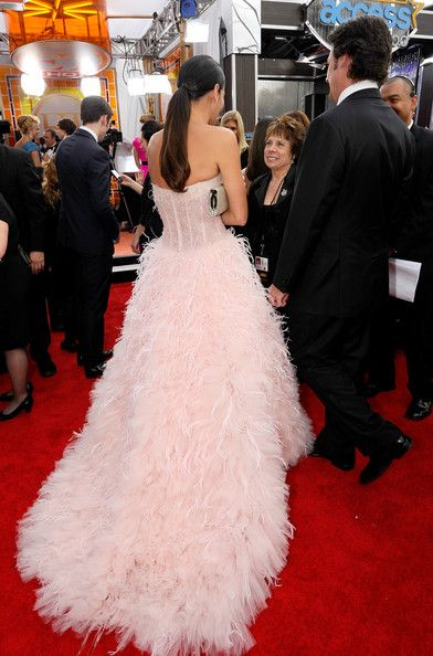 Angie Harmon Jason Sehorn Photos - Actress Angie Harmon (L) former NFL player Jason Sehorn arrive at the 17th Annual Screen Actors Guild Awards held at The Shrine Auditorium on January 30, 2011 in Los Angeles, California. - 17th Annual Screen Actors Guild Awards - Red Carpet