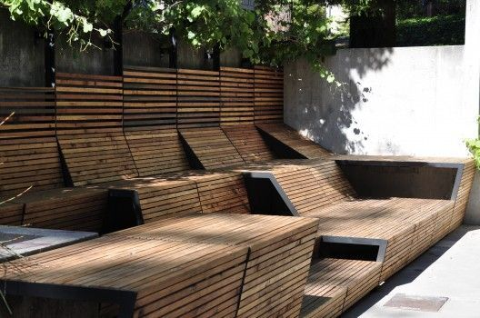 Universal wood bench, varying heights.