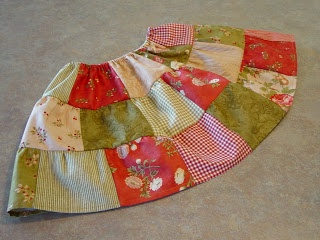 """The Merry Church Mouse: The """"Charming"""" Little Skirt: A Tutorial"""