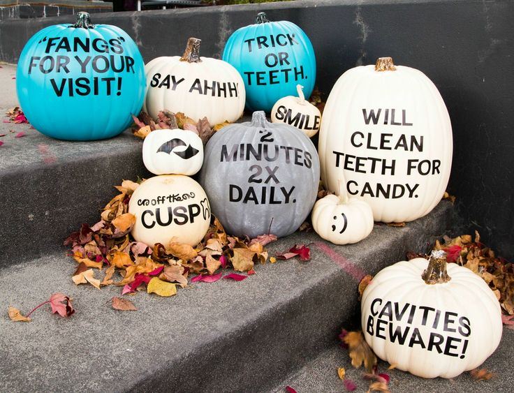 Pretty cluster of punny dental pumpkins! Learn how to make this project on our blog.