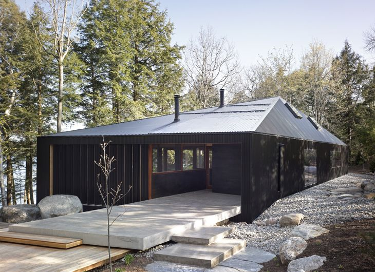 "The family that contracted MacLennan Jaunkalns Miller Architects to design this structure ""requested a cottage that is 'modern and open' but retains a quintessential 'cottage feel'"" says MJMA."