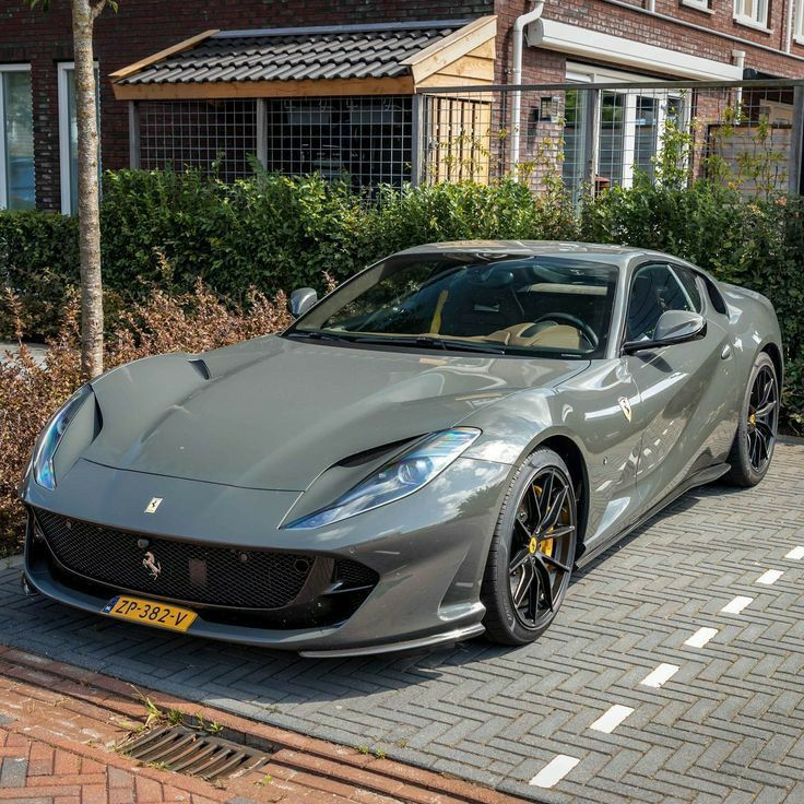 Ferrari 813 Superfast Super Luxury Cars Luxury Cars High Performance Cars