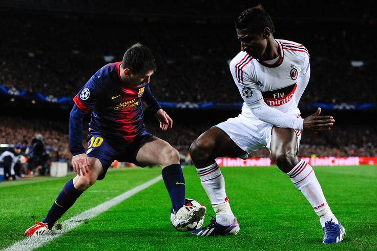 Lionel Messi Photos: Barcelona v AC Milan - UEFA Champions League Round of 16