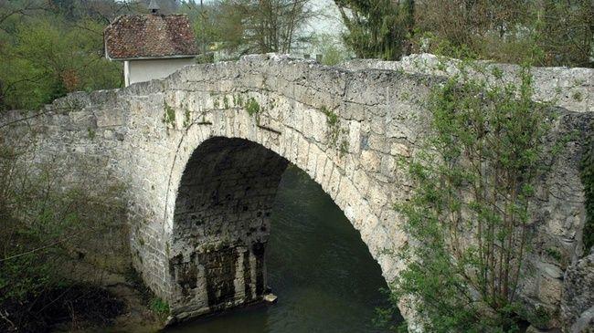 Auf dem Jakobsweg durchs Freiburgerland wandern - Schweiz Tourismus