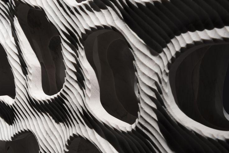 Digital Lithic Design – The Italian Stone Theatre: Leucon, dettaglio. Digital Lithic Design, mostra che unisce design, tecnologia e progettazione digitale nel settore lapideo italiano. #Marmomacc #Marble #Stone #Design #Verona http://architetturaedesign.marmomacc.com/the-italian-stone-theatre/le-sperimentazioni-litiche/digital-lithic-design/