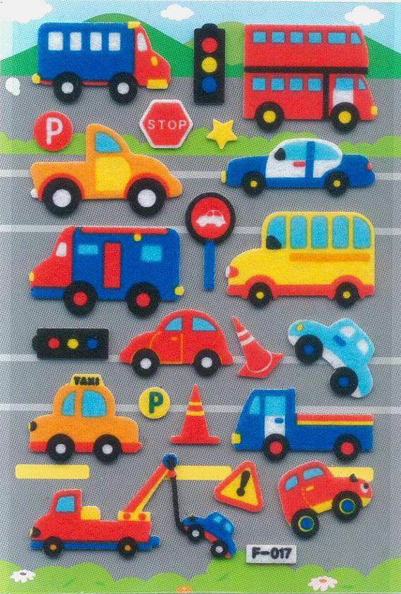 Carro, taxi, autobús y coches de colores están todos ocupados en el camino! Perfecto como parte de su diseño creativo o para decorar tu scrapbook  Hecho de material de fieltro Medidas: 15x10cm aprox. (excluye el embalaje del paquete); aprox. 22 pegatinas