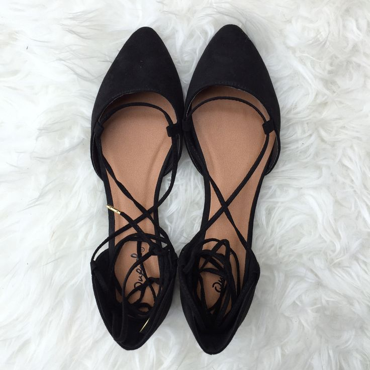 Lace up Flats - Black
