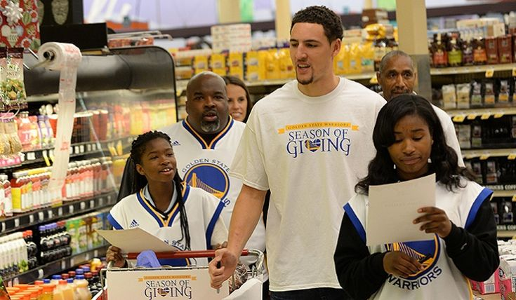 Klay Thompson Parents | Noah Graham/NBAE/Getty Images)
