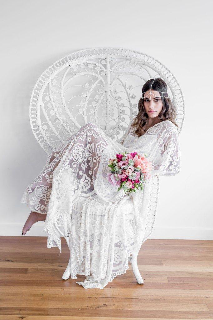 70's Inspired Colorful Bohemian Bride | Katrina Cram Photography on @weddingweekly