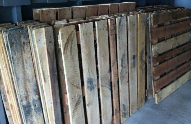 Ώρα μηδέν : Μια οικογένεια για μήνες μάζευε ξύλινες παλέτες. Δ...