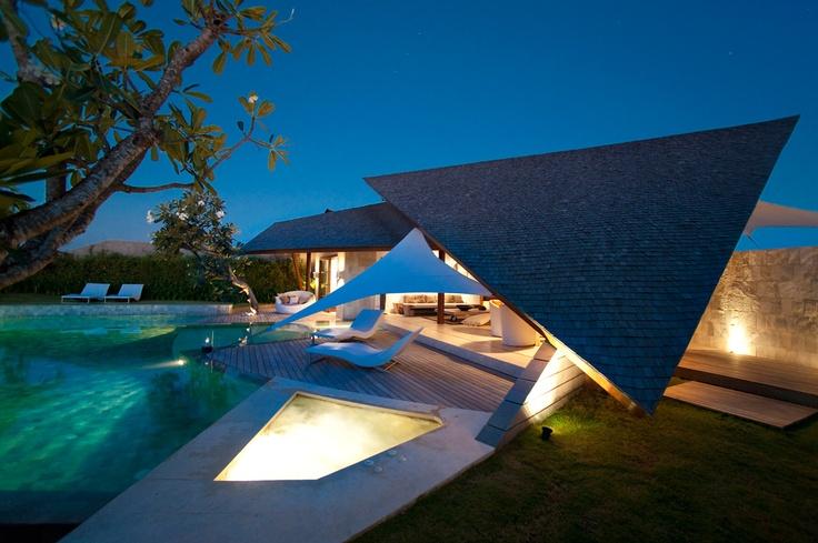 Villa-Layar-Overview-by-night-4.jpg (1280×851)