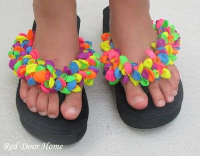Balloon flip flops-- Must be the new thing, but a neat idea to do at a sleep over and cheap!! :)#Repin By:Pinterest++ for iPad#