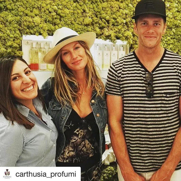 #Repost @carthusia_profumi with @repostapp ・・・ #giselebundchen and her husband #tombrady get through our Positano Store! #carthusia #carthusia_profumi #positano #amalficoast #capri #model #vip #topmodel #rosinaperfumery #giannitsopoulou6 #athens #glyfada #shoponline : www.rosinaperfumery.com