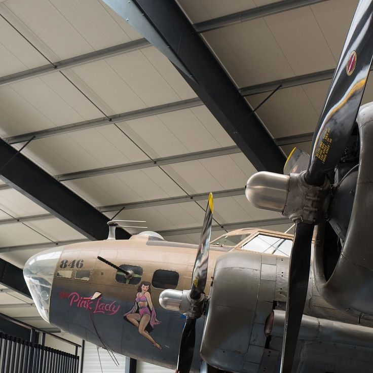 Pink Lady #pinklady #warplane #bombardier #flyingfortress #ww2 #aviation #lafertealais #hangar #planespotting #propellers #mecanic #vintage #legend #detail #airplane #leica #leicaq #leicacamera #leicaimages #leicacamerafrance #wander #explore #france #camo #aerodynamic
