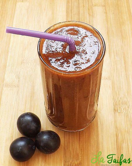 Smoothie Digestiv de Prune și Măr