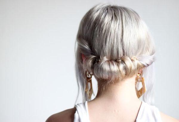 .: Easy Hairstyles, Hair Colors, Hair Tutorials, Long Hair, Silver Hair, Awesome Pin, Hair Style, Quick Hair, Quick Rolls
