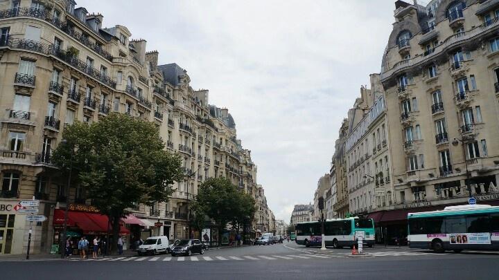 Paris http://www.cheomtour.com