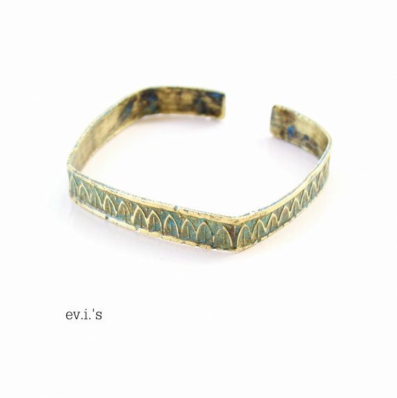 Green Patina Brass Textured Square by EVIsMetalworkJewelry on Etsy, €24.00