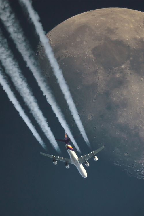 Boeing 747-300 Trail
