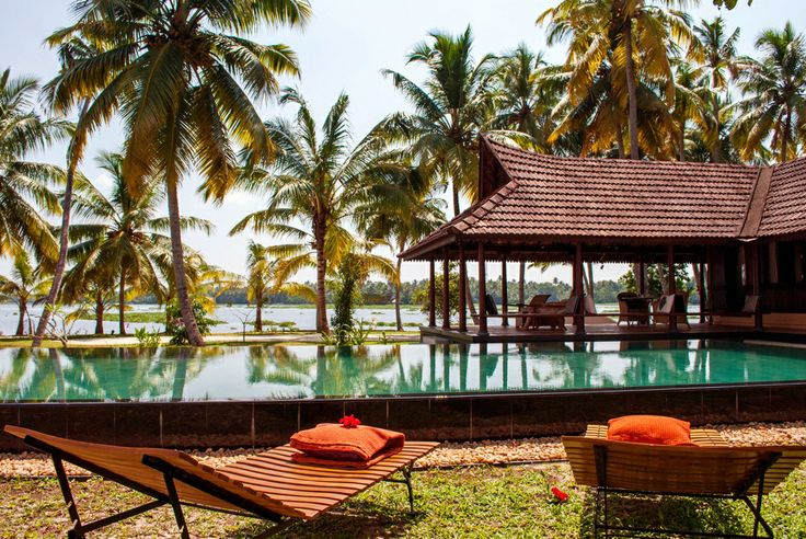 10 Relaxing Kumarakom Hotels and Resorts