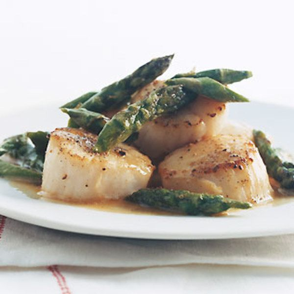 Scallops with Asparagus | Recipe | Asparagus, Food reviews and The o ...