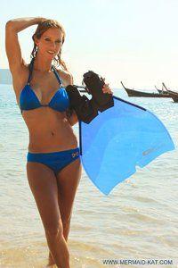 Mermaid Kat Facebook | Monoflosse Hydra in Blau Gr. 39-43