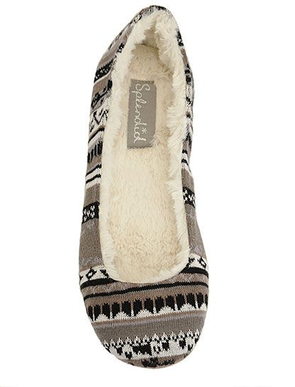 these super cute slippers would be the perfect holiday gift. they look so soft and cozy and perfect for chilly winter days by the fire.