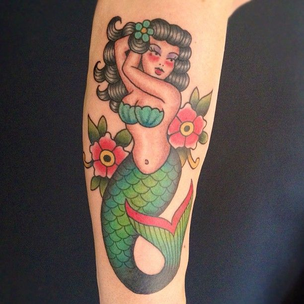 tattoo old school / traditional nautic ink - mermaid (by Matt Chahal)