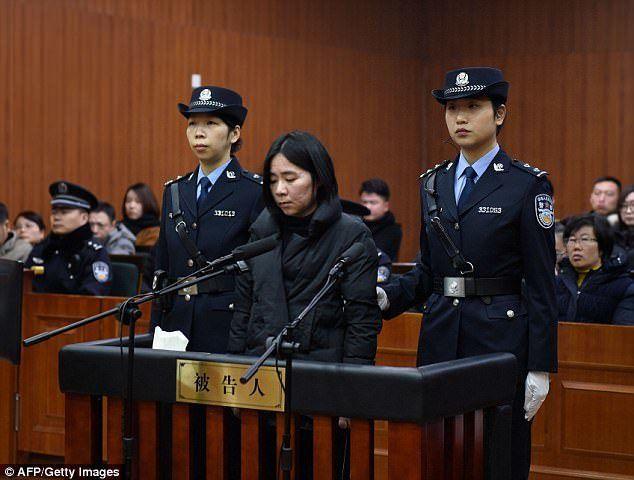 Καταδικάστηκε σε θάνατο η νταντά που έκαψε 3 παιδιά και την μητέρα τους  #Αληθινέςιστορίες