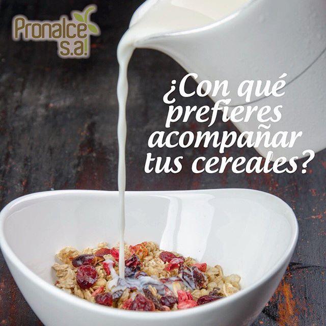 ¿Cómo prefieres acompañar tus cereales, con leche, kumis o yogurt? #RecetasPronalce www.pronalce.com