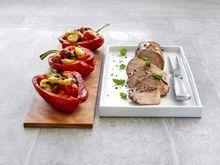 Glasert svinefilet med fylte paprika