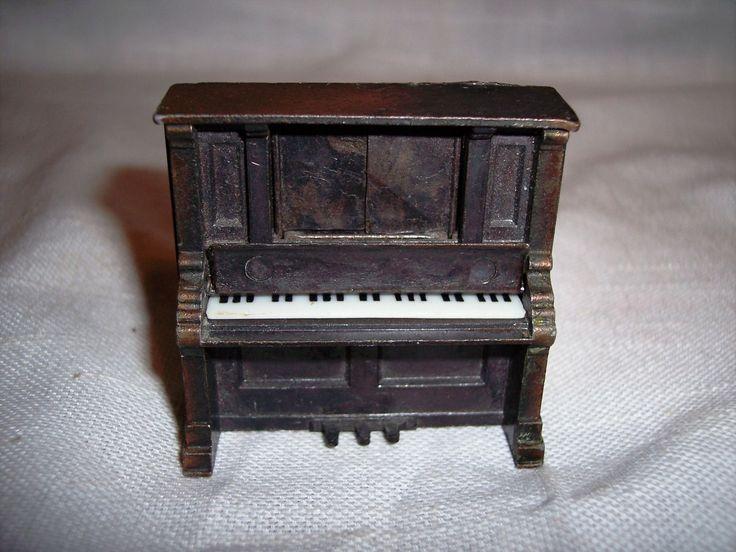 Durham Industries 1976 Die Cast Metal Miniature Piano w Working Features | eBay
