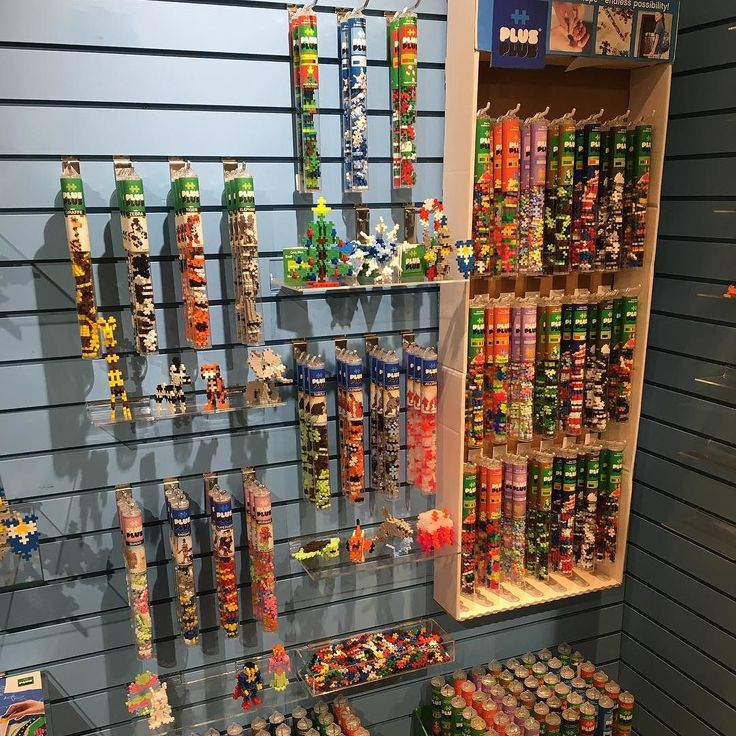 Previewing 2017 #PlusPlus tubes at @toyindustryassn #falltoypreview in #Dallas. @mcmanemin_companies booth 478 - stop on by! #plusplustoy