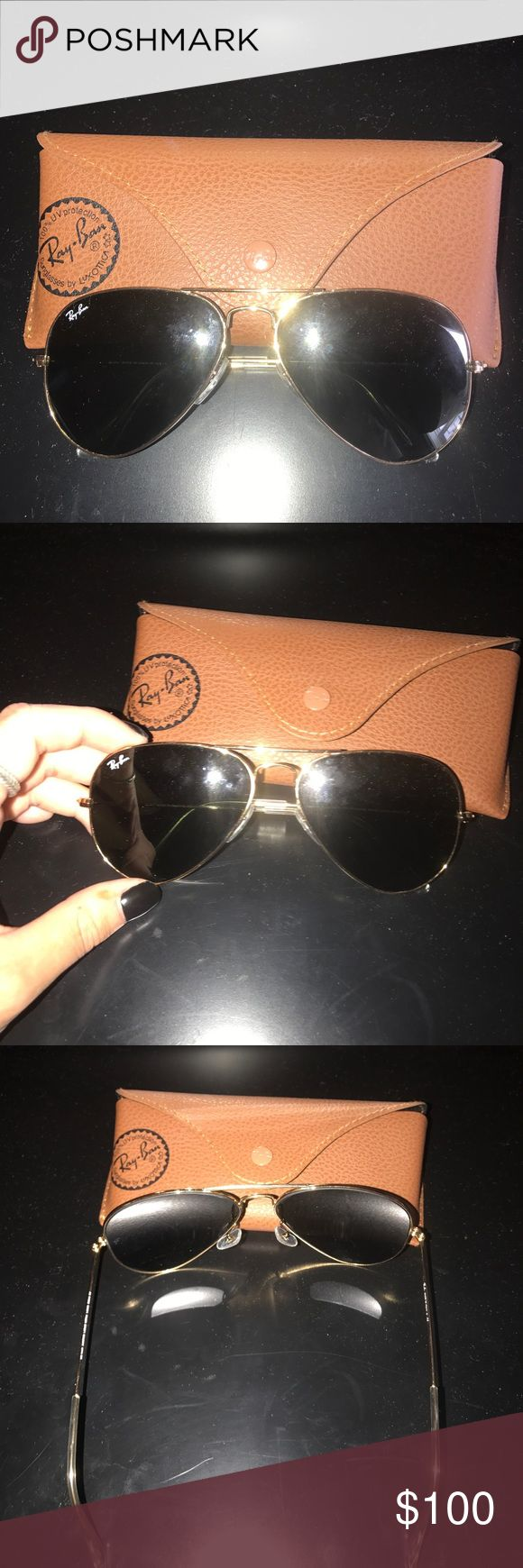 Ray Ban Aviator Classic. Gold green classic G-15 Basically new pair of Ray Bans. Only worn once. Non polarized. Standard size. Ray-Ban Accessories Sunglasses