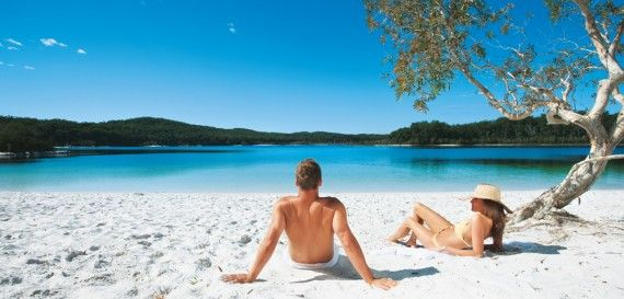 Queensland Bucket List | 10. Drive the beach highway and venture to the middle of Fraser Island to swim in freshwater Lake McKenzie.