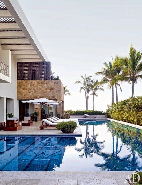 CHIC COASTAL LIVING: Cindy Crawford and George Clooney's Cabo San Lucas Beach Houses