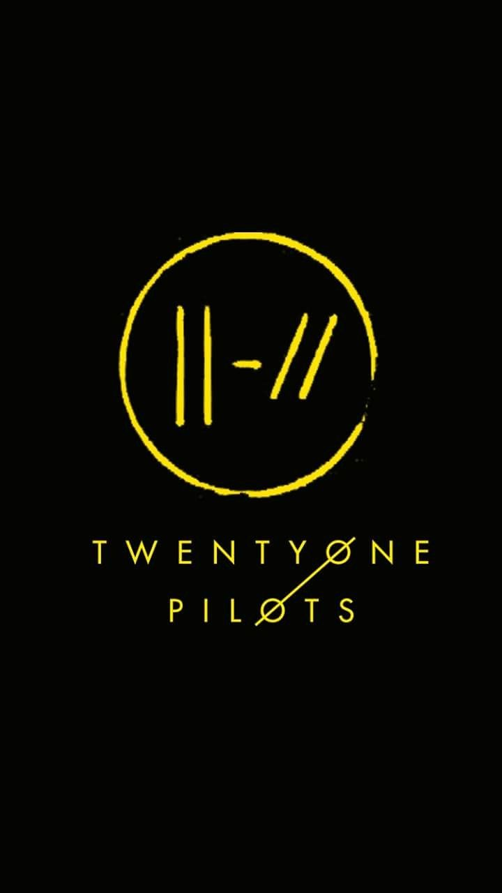 Pin By Adeline Taber On Top With Images Twenty One Pilots