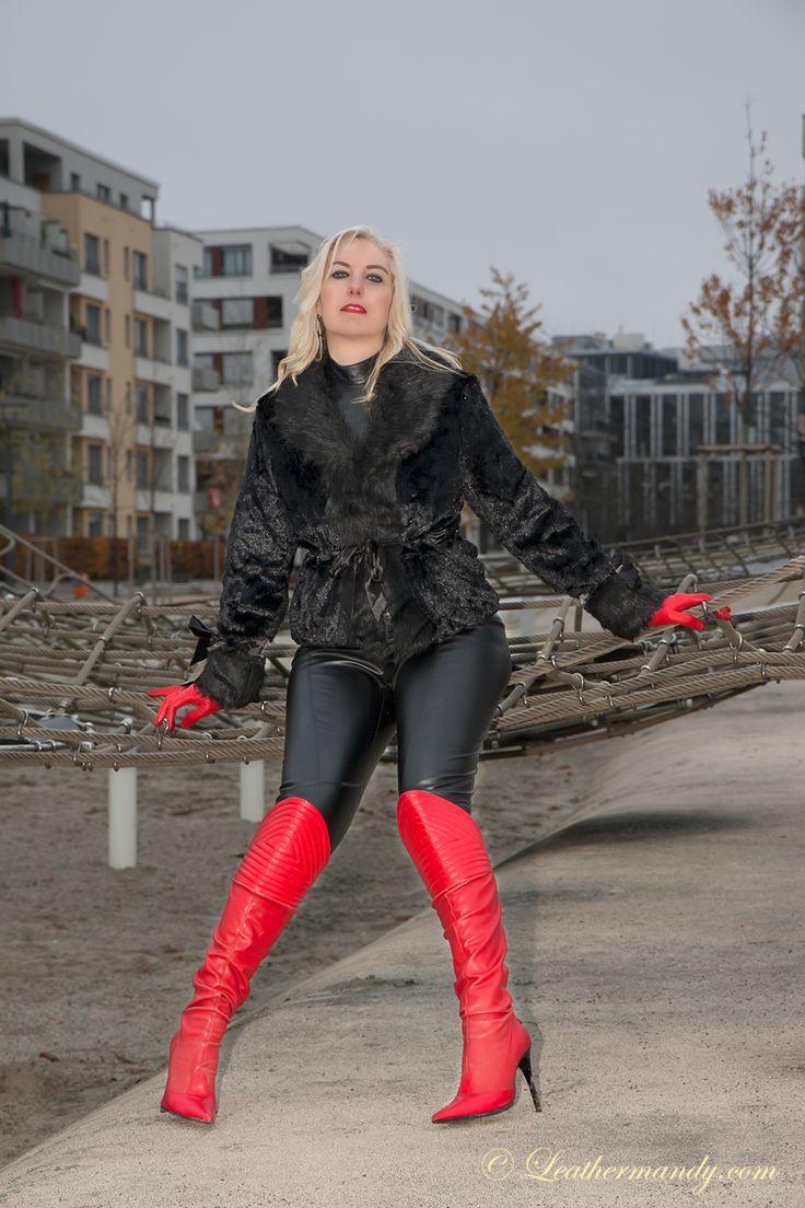 Cum in leather leggings - 4 1
