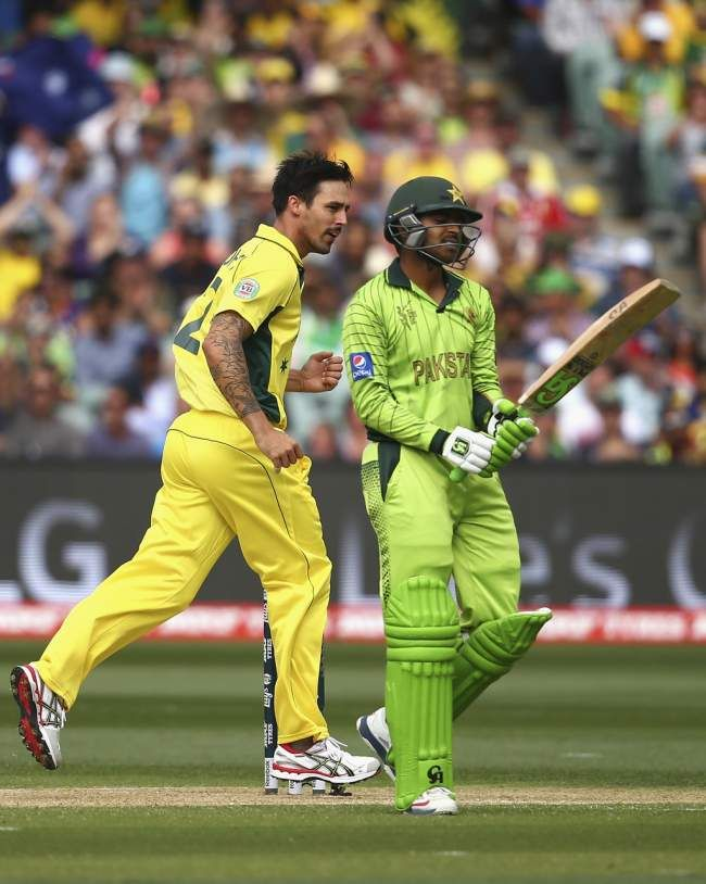 Mitchell Johnson ended Sohail's stay to put Pakistan in a lot of trouble