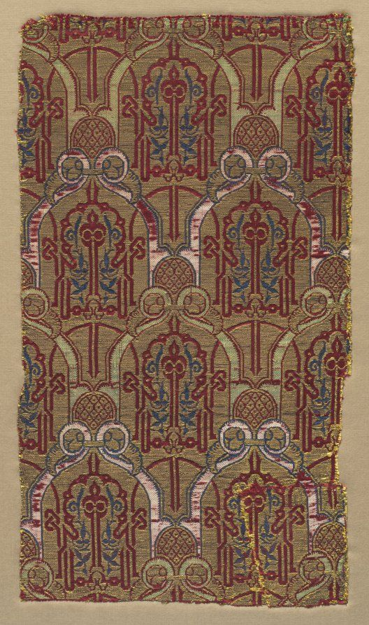 Curtain Fragment from the Alhambra Palace, mid 1300s Spain, Granada , Nasrid period silk, gilt-metal thread; lampas weave, Overall - h:48.30 w:25.40 cm (h:19 w:10 inches).