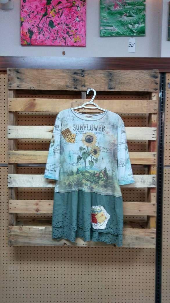 Sunflower dress/ Tunic xlg by LazyDaisyClothier on Etsy