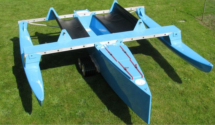 17-foot aluminum trimaran (42) | crying of lot 49 | Pinterest