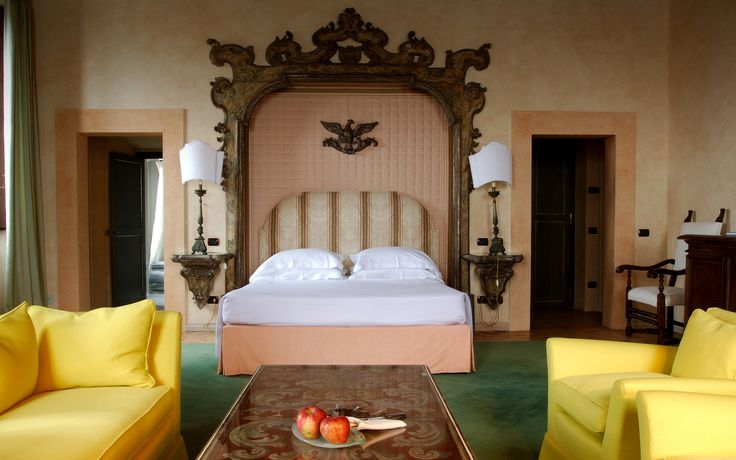 Luxury Rooms and Suites Rome, Relais & Chateaux luxury hotel near Rome Italy