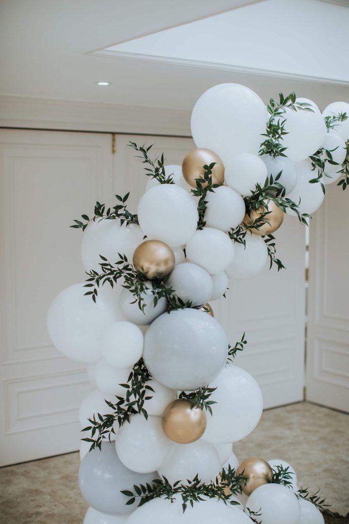 A Thoroughly Modern Christmas Bloved Blog Christmas Wedding Inspiration Wedding Balloon Decorations Wedding Balloons