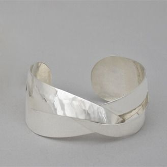 Fine craft silver cuff by Karen Cantine (Edmonton, AB). Member of the Alberta Craft Council